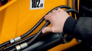How basic JCB machine maintenance can help you live an