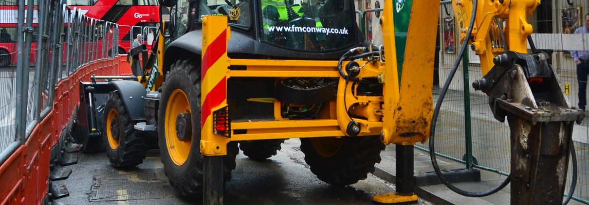 FM Conway invests £1.5 million in JCB equipment