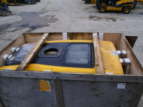 437 Wheel loader rear engine cover- main image