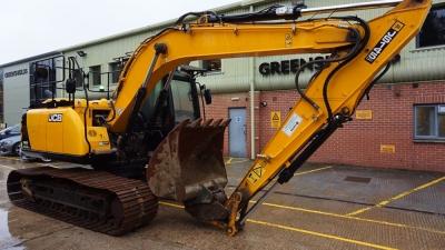 JCB Tracked Excavator JS145LC-thumb